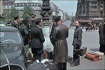 Roger-Viollet | 949728 | World War II. Gare de Lyon. Paris, 1942. Photograph by André Zucca (1897-1973). Bibliothèque historique de la Ville de Paris. | © André Zucca / BHVP / Roger-Viollet