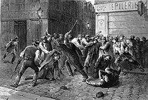Roger-Viollet | 978108 | Henri Meyer (1844-1899).  Trois gardiens de la paix attaqués par des Apaches, rue de Charenton. Paris, juillet 1881 . | © Roger-Viollet / Roger-Viollet