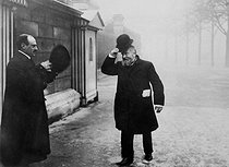 Roger-Viollet | 980772 | Jean Jaurès (1859-1914), French politician, arriving at the Chamber of Députies for the Commission of investigation. 1910. | © Maurice-Louis Branger / Roger-Viollet