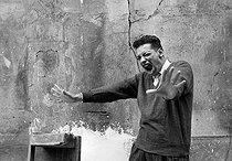 Roger-Viollet | 983315 | Henri Salvador (1917-2008), French singer, in 1956. | © Bernard Lipnitzki / Roger-Viollet
