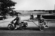 Roger-Viollet | 988788 |  The adulteress . Beaugency (Loiret, France), on July 13, 1983. | © Jean-Pierre Couderc / Roger-Viollet