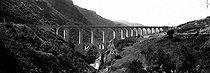 Roger-Viollet | 995155 | Fontpédrouse (Eastern Pyrenees). Bridge of Fontpédrouse. Around 1900. | © Léon & Lévy / Roger-Viollet