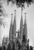 Roger-Viollet | 1013286 | La Sagrada Familia | © Roger-Viollet / Roger-Viollet