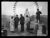 Roger-Viollet | 1031509 | World War One. Former milliners who became chimney sweeps, working on a roof. Paris, late November 1917. | © Excelsior - L'Equipe / Roger-Viollet