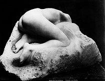 Roger-Viollet | 1032093 | Rodin. Danaide. | © Léopold Mercier / Roger-Viollet