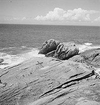 Roger-Viollet | 1041590 | Marine landscape. Brittany, circa 1935. | © Gaston Paris / Roger-Viollet