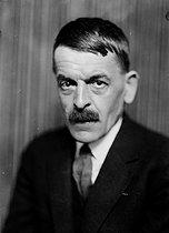 Roger-Viollet   1043856   Charles Ferdinand Ramuz (1878-1947), French-speaking Swiss writer. France, about 1930.   © Henri Martinie / Roger-Viollet