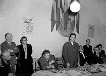 Roger-Viollet | 1044632 | François Mitterrand (1916-1996), Minister of War Veterans. Paris, May 1948. | © LAPI / Roger-Viollet