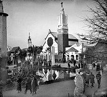 Roger-Viollet | 1046719 | 1931 colonial exhibition in Paris. The Missions church in Paris. | © Roger-Viollet / Roger-Viollet