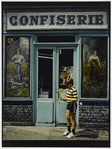 Roger-Viollet | 1051811 | Sweetshop, 161 rue Ordener. Paris (XVIIIth arrondissement), 1980. Photograph by Felipe Ferré. Paris, musée Carnavalet. | © Felipe Ferré / Musée Carnavalet / Roger-Viollet