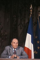Roger-Viollet | 1059432 | François Mitterrand (1916-1996), President of the French Republic, during a press conference at the Elysee Palace. Paris, on May 18, 1989. | © Jean-Pierre Couderc / Roger-Viollet