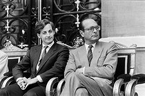 Roger-Viollet | 1071948 | Nicolas Sarkozy (born in 1955), mayor of Neuilly, and Jacques Chirac (1932-2019), French Prime minister. 1986. | © Jacques Cuinières / Roger-Viollet