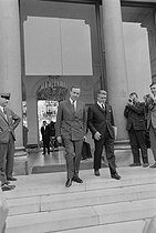 Roger-Viollet | 1134908 | May-June 1968 events. Meeting of the French Council of Ministers announcing a cabinet reshuffle. Michel Debré (1912-1996), Minister of Economy and Finance, and Robert Boulin (1920-1979), Secretary of State of Economy and Finance. Paris (VIIth arrondissement), Matignon, on May 30, 1968. Photograph by Jacques Boissay, from the collections of the French newspaper  France-Soir . Bibliothèque historique de la Ville de Paris. | © Jacques Boissay / Fonds France-Soir / BHVP / Roger-Viollet