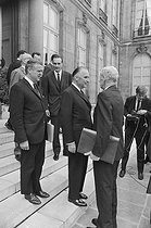 Roger-Viollet | 1135964 | Events of May-June 1968. French Council of Ministers. Robert Boulin (1920-1979), new Minister of the Civil Service, Jacques Chirac (born in 1932), Secretary of State for Economy and Finance, and Georges Pompidou (1911-1974), French Prime Minister. Paris (VIIth arrondissement), Matignon, on June 5, 1968. Photograph by Michel Robinet, from the collections of the French newspaper  France-Soir . Bibliothèque historique de la Ville de Paris. | © Michel Robinet / Fonds France-Soir / BHVP / Roger-Viollet