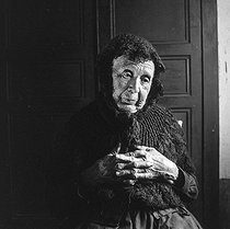 Roger-Viollet | 1143199 | Old woman. France, circa 1935. | © Gaston Paris / Roger-Viollet