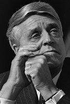 Roger-Viollet | 1152859 | Robert Boulin (1920-1979), homme politique et ministre français. | © Jacques Cuinières / Roger-Viollet