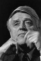 Roger-Viollet | 1152860 | Robert Boulin (1920-1979), homme politique et ministre français. | © Jacques Cuinières / Roger-Viollet