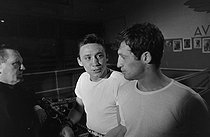 Roger-Viollet   1216820   Jean-Paul Belmondo and Maurice Auzel   © BHVP / Roger-Viollet