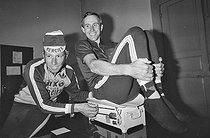 Roger-Viollet   1353643   Tour de France 1977. Joop Zoetemelk (born in 1946), Dutch racing cyclist, during his medical examination before the start of the Tour. Fleurance, on June 29, 1977. Photograph by Bernard Charlet, from the collections of the French newspaper  France-Soir . Bibliothèque historique de la Ville de Paris.   © Bernard Charlet / Fonds France-Soir / BHVP / Roger-Viollet