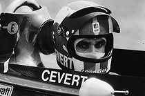 Roger-Viollet | 1376432 | François Cevert (1944-1973), French racing driver, during the Grand Prix de Monaco, on May 14, 1972. Photograph by André Perlstein (born in 1942). | © André Perlstein / Roger-Viollet