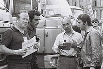 Roger-Viollet   1377940   Tour de France 1969. (From left to right) Gilbert Larriaga (1926-2019), French television director, Richard Diot, journalist, Félix Lévitan (1907-2011), French journalist and director of the Tour de France, and Jean-Michel Leulliot (1911-1982). France, 1969. Photograph by André Perlstein (born in 1942).   © André Perlstein / Roger-Viollet